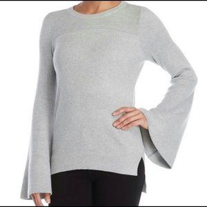 Romeo + Juliet Gray Bell Sleeve Sweater